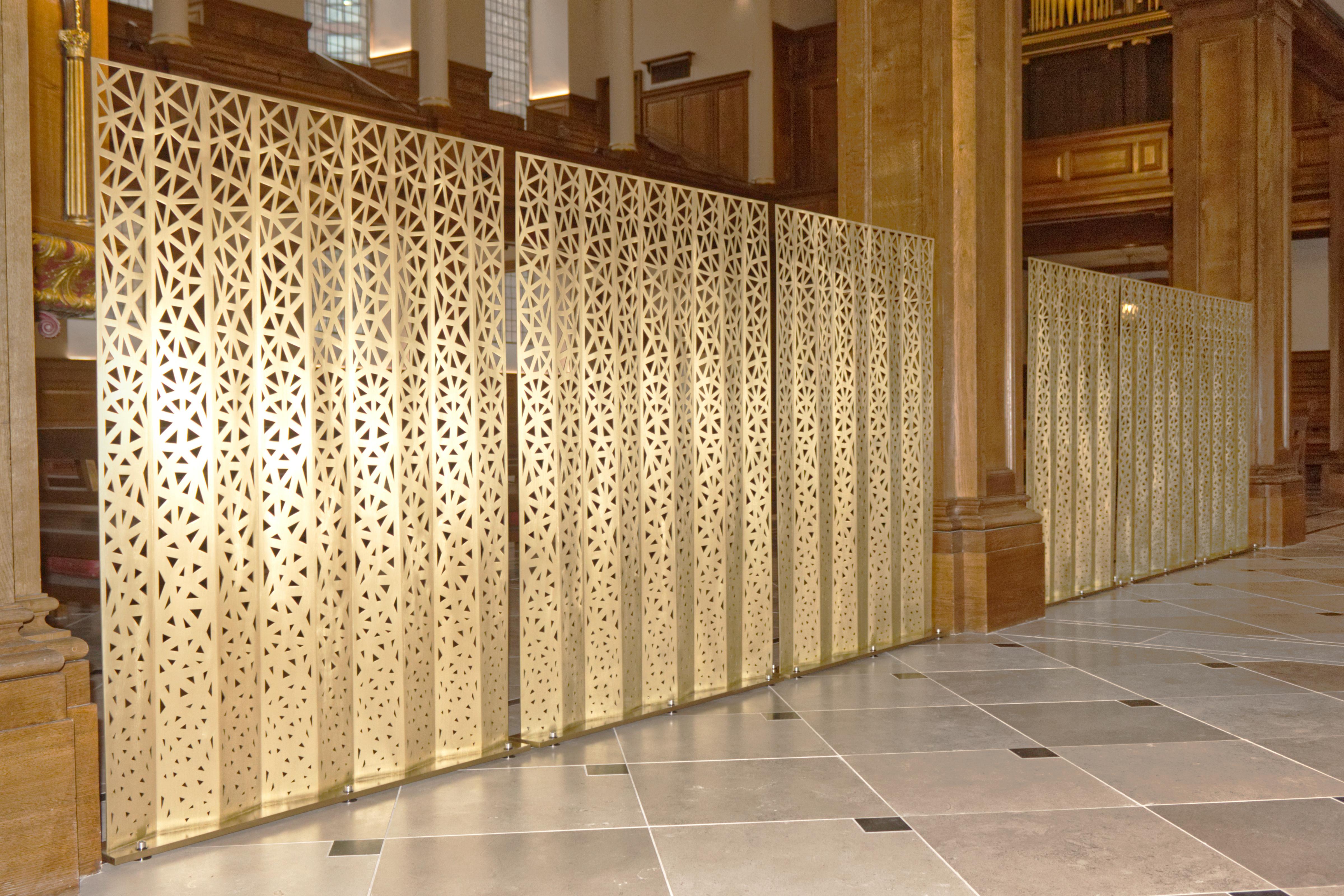 Lady Chapel Concertina Screens – St Andrews Holborn – Copyright BJRdesigns