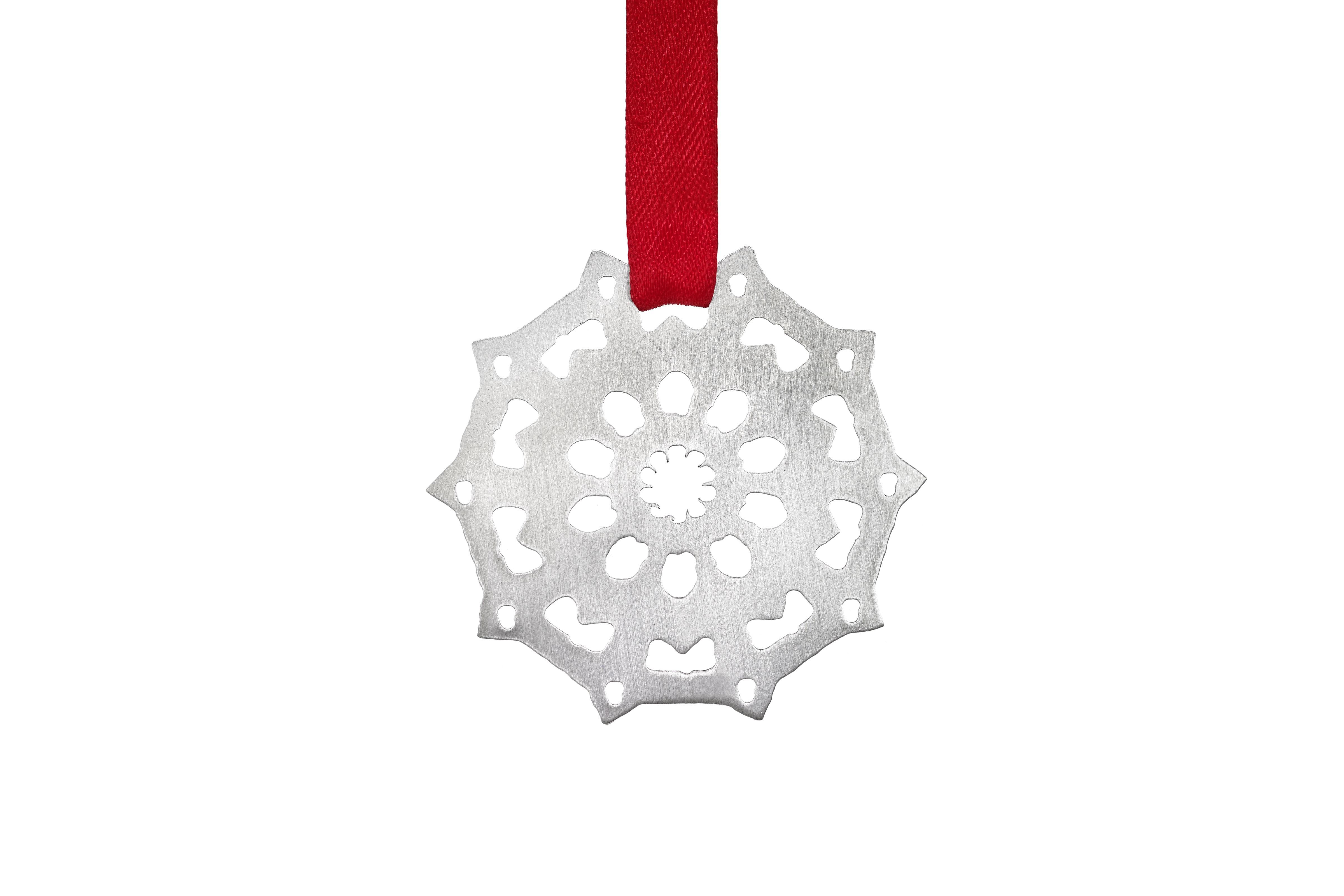 Medium Frosted Snowflake – Copyright BJRdesigns