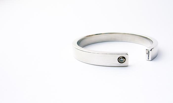 Napkin Ring – 9ct Gold Silver & Diamond