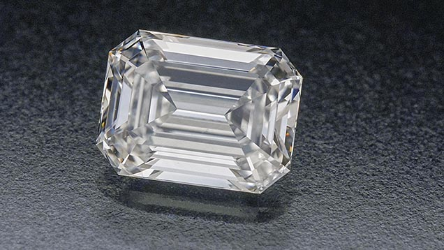 Diamond emerald cut shape  D, VS2-  1.050ct.01